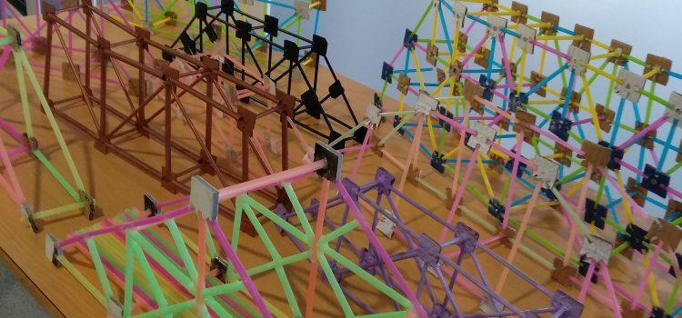 Concurs de disseny i construcció d'estructures (ponts) a l'àrea de Tecnologia en 3r ESO. Us deixem una petita mostra. #iTecAmposta